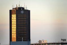 19 février 2016 - La Maison de Radio-Canada (Montréal) officiellement à vendre