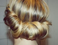 pretty rolled updo