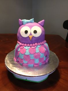 Owl cake Owl Birthday Parties, 2nd Birthday, Owl Desserts, Owl Cakes, Decorated Cakes, Theme Ideas, Cake Ideas, Owls, Cake Decorating