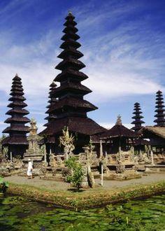 En als je naar Bali gaat moet je natuurlijk even bij de tempels een kijkje nemen