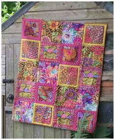 The Ultimate Wadding Guide: Glossary - UKQU All you need to know about waddinh Colorful Quilts, Quilting Designs, Quilting Ideas, Quilt Kits, Fabric Flowers, Quilt Patterns, Crafty, Blanket, Gypsy Chic