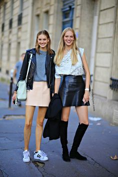 fab x 2. #VanessaAxente & #SanneVloet #offduty in Paris.