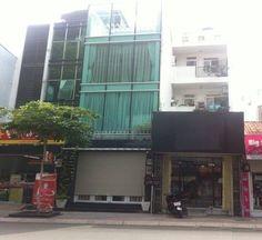 Nhà nguyên căn cho thuê đường Đinh Tiên Hoàng, Quận 1, TDT 180m2, 1 trệt, 3 lầu, giá 70 triệu http://chothuenhasaigon.net/vi/cho-thue/p/21265/nha-nguyen-can-cho-thue-duong-dinh-tien-hoang-quan-1-tdt-180m2-1-tret-3-lau-gia-70-trieu