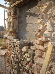 stone doubling Source by florianrigaudpe Stone Masonry, Stone Veneer, Brick And Stone, Stone Cottages, Stone Houses, Building Stone, Building A House, Casa Bunker, Stone House Plans
