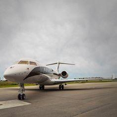 1,867 вподобань, 17 коментарів – Bombardier Business Aircraft (@bombardier_jets) в Instagram: «Niki Lauda's #global6000 in Montreal during the #canadiangtandprix. Power, Performance, Technology…»