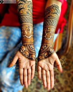 Image may contain: one or more people Peacock Mehndi Designs, Latest Bridal Mehndi Designs, Mehndi Designs 2018, Stylish Mehndi Designs, Dulhan Mehndi Designs, Wedding Mehndi Designs, Mehndi Design Pictures, Mehndi Patterns, Beautiful Mehndi Design