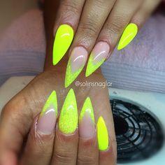 """""""Neon Yellow"""" med neongult glitter"""