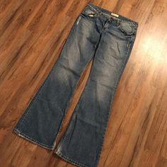 SALE! BKE Star Jeans BKE Star Jeans, worn once, size: 31 long BKE Jeans Flare & Wide Leg
