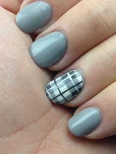 Offbeat Nails: Plaid Nails tutorial