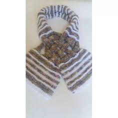 Cachecol - Lã - Feminino - Tricô Crochê - Feito A Mão C:11c - R$ 25,00