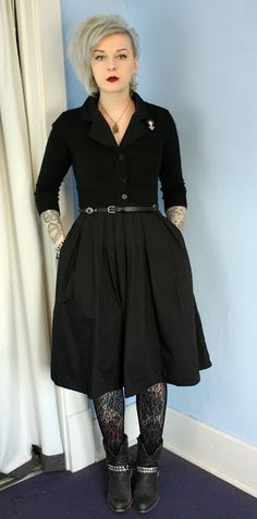 Coffin Kitsch: Wearing All Black Is Not Boring. #blogger #outfit #goth #eshakti