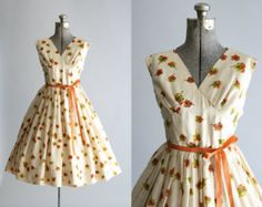 Vintage 1950s Dress / 50s Silk Dress / Orange and Yellow Floral Dress w/ Pleated Skirt XS/S