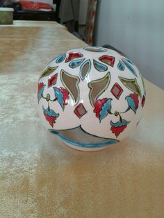 Emine Özalp çini Ceramic Art, Safari, Christmas Bulbs, Eminem, Clay, Vase, Ceramics, Holiday Decor, Pomegranates