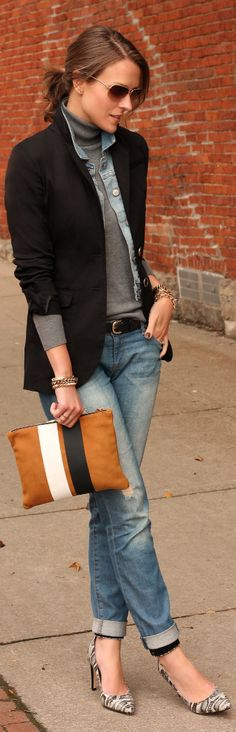 black blazer, blue jean jacket or chambray shirt, grey t-neck with distressed boyfriend jeans. love clutch with gold jewelry