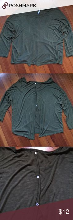 """Green Open Back Shirt Green top with three button in the back (buttons are decorative and are not functioning). Approximately 24"""" down the front and 23"""" across chest from armpit to armpit. Meant to fit loose and flowy. Tresics Tops"""