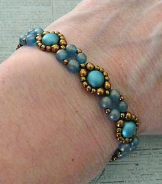 Linda's Crafty Inspirations: Bracelet of the Day: Bubble Band - Capri Blue Jewelry Logo, Geek Jewelry, Seed Bead Jewelry, Boho Jewelry, Jewelry Crafts, Fashion Jewelry, Seed Beads, Beaded Earrings, Beaded Bracelets