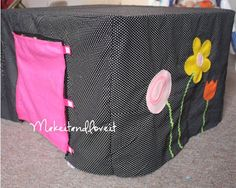 Fort – Table Cover | Make It and Love It -- includes materials list and sewing instructions