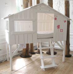 A small cheap treehouse