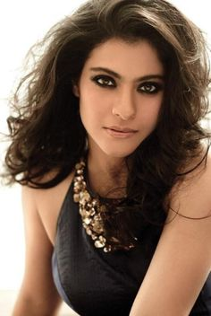 Bollywood Actresses In Nude Makeup Beautiful Bollywood Actress, Most Beautiful Indian Actress, Beautiful Actresses, Bollywood Stars, Bollywood Fashion, Bollywood News, Indian Celebrities, Bollywood Celebrities, Gorgeous Women