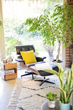 The Ultimate Decorators' Guide to Ideal Living Room Layout Measurements