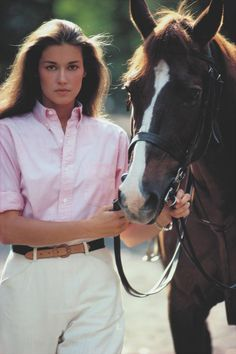 In Ralph Lauren debuted tailored shirts for women. The same year, the polo player logo was introduced, first appearing on the cuffs of women\u0026#39;s shirts.