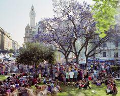 Plaza de Mayo, Barrio de Monserrat, Buenos Aires, Argentina, 2014. Photo by Martin Roemers