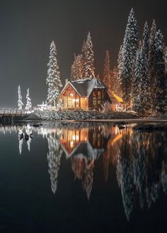 Emerald Lake lodge, Yoho National Park (B.C.)