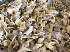 Fast and Easy Ground Beef Stroganoff is comfort food meant for kids! This dish has a creamy sauce with ground beef paired with the tender noodles. Easy Steak Recipes, Hamburger Meat Recipes, Beef Recipes, Skillet Recipes, Comfort Food Meaning, Easy Ground Beef Stroganoff, New Cooking, Cooking Ideas, Food Ideas