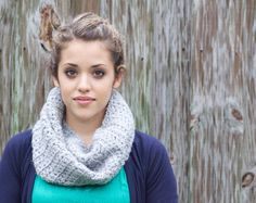 crochet cowl -no pattern but dimensions 15x13in