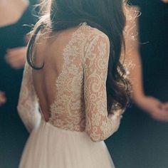   lace   #vintageweddingdresses