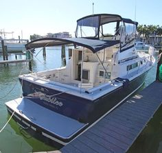 Cruiser Boat, Screen Enclosures, Side Deck, Stainless Sink, Build Your Own Boat, Fresh Water Tank, Wood Boats, Built In Desk, Engine Types
