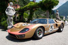 Ford-GT40-Mk2-25141 vo li (Como)