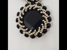 Beading Tutorials, Beading Patterns, Stone Wrapping, Beading Needles, Bead Crafts, Flower Decorations, Beaded Jewelry, Jewelery, Jewelry Making