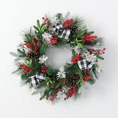 Rustic Christmas, Christmas Crafts, Christmas Decorations, Christmas Ideas, Wreath Crafts, Diy Wreath, Wreath Ideas, Christmas Mesh Wreaths, Door Wreaths