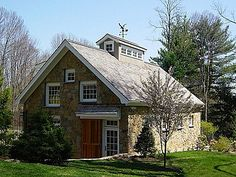 Lovely Carriage house!