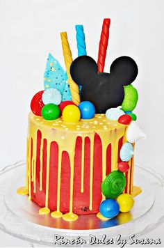Mickey Mouse Birthday Theme, Theme Mickey, Fiesta Mickey Mouse, Baby Birthday Cakes, Birthday Party Tables, Mickey Party, Bolo Mickey, Mickey Cakes, Mickey Mouse Cake