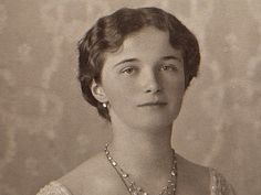 Olga Romanov, Romanov Sisters, Grand Duchess Olga, Royal King, Alexandra Feodorovna, Tsar Nicholas Ii, Royal Families, King Queen, Princesses
