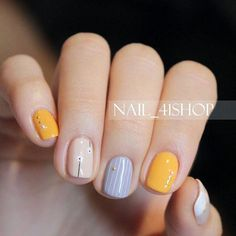 Gold Nail Designs For Acrylic Nails. Putting together the appropriate manicure and nail art design isn't just about colors or style. Dream Nails, Love Nails, Pretty Nails, Manicure And Pedicure, Gel Nails, Nail Polish, Acrylic Nails, Asian Nails, Instagram Nails