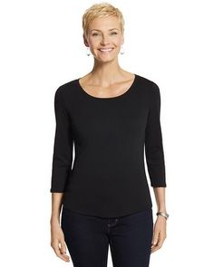 The pure-cotton top is an everyday essential and it's right on trend with a shirttail hem. I want in EVERY color #chicossweeps