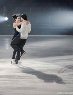 Tessa Virtue and Stephane Lambiel practice Stephane Lambiel, Virtue And Moir, Tessa And Scott, Scott Moir, Beauty First, Figure Skating, Concert, Concerts, Festivals