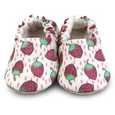 ELEANOR...the perfect girly summer pattern!  #Clamfeet #strawberries #strawberry #girl #babygirl #minimoccs #ministyle #minifashion #madeinLA #moccs #babyshoes