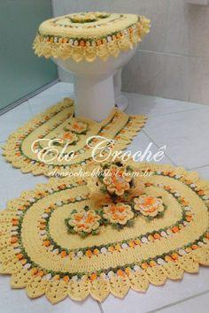 "Elo Crochê by Eloiza Castro: JOGO DE BANHEIRO EM CROCHÊ ""PRIMAVERA"" Filet Crochet, Crochet Doilies, Crochet Yarn, Crochet Flowers, Love Crochet, Beautiful Crochet, Crochet Designs, Crochet Patterns, Crochet Home Decor"