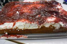 Τζισ κεικ με μαρμελάδα φρούτα του δάσους!         Υλικά  1 πακέτο και 1/2 μπισκότα digestive  1 τυρί κρέμ...