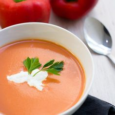 Crema de Tomate y Pimiento Morrón Healthy Recipes, Veggie Recipes, Soup Recipes, Kitchen Recipes, Cooking Recipes, Roasted Carrot Soup, Carrots Healthy, Soup And Salad, No Cook Meals