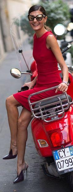 . Giovanna Battaglia MFW Street Style