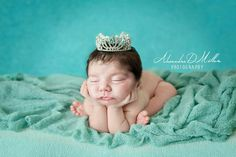 #newborn #newbornphotography #girl #blue #crown #froggypose Www.alexandradmillerphotography.com