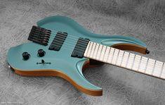 The RAN Crusher7 HL FF #ranguitars #rockstarguitar #customguitar #customshop #guitarguitar #guitarguitarnewcastle #sevenstring #guitar…
