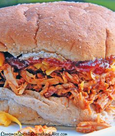 Slow Cooker Barbecue Pulled Chicken Sandwiches