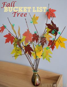 Fall Bucket List Tree with Leaf Printable and List Ideas {Do one for every season... snowflakes in winter, tulips for spring, sunflowers for summer}