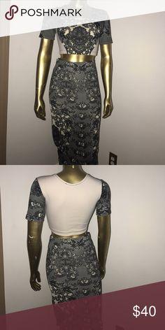 Paisley. print skirt set. Two toned. Black and Tan. MIDI length. Never Worn. Skirts Midi